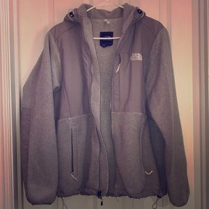 Women's large north face with hood